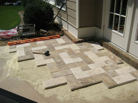 Paver Patio Stones Paver Patio Makeover Concrete Pavers Stones And Herringbone Pattern