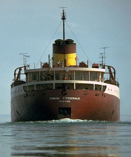 ss edmund fitzgerald sinking 139 best images about gordon lightfoot on pinterest