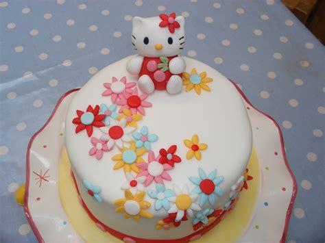 hello kitty themed cake 30 cute hello kitty cake ideas and designs echomon