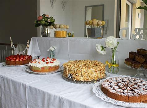 dekorieren eines speisesaals buffet hochzeitstort und kuchenbuffet unsere hochzeit ekulele