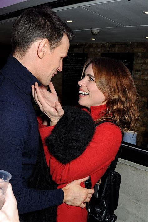 Matthew And Piper Back On by Billie Piper And Matt Smith Www Pixshark Images