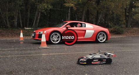Rc Audi R8 by Drag Racing An Audi R8 V10 Against An R8 Rc Car