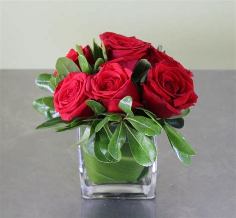 small red roses occasion