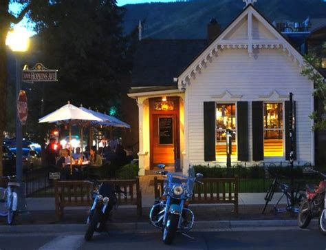 the white house aspen summer nights at the white house tavern picture of the white house tavern aspen