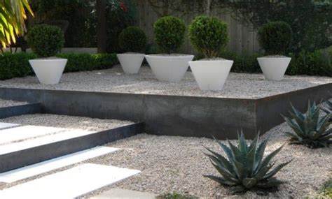 Décoration Jardin Moderne by Decoration Exterieur Jardin Moderne Trendy Deco De Jardin