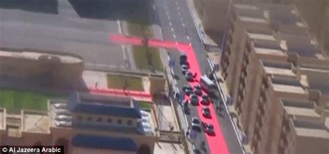 Karpet Arab karpet merah sepanjang empat kilometer sambut konvoi sisi