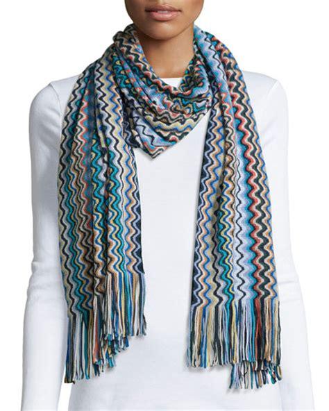 zig zag knitting pattern scarf missoni knit zigzag scarf blue