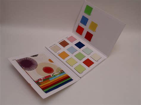 idea tendaggi cartelle colori
