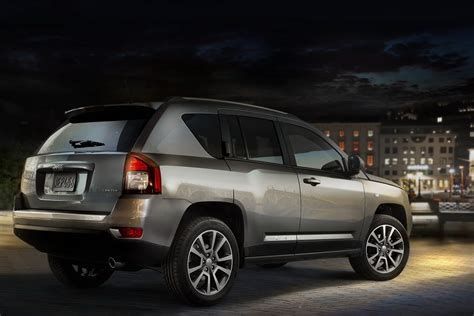 jeep compass 2014 2014 jeep compass with new 6 speed auto heads to geneva