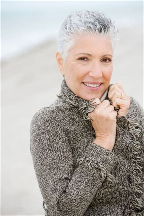 spikey styles for grey hair very short hairstyles for older women to keep you young at