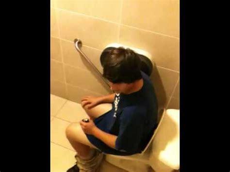 hidden cam school bathroom big boy on toilet youtube
