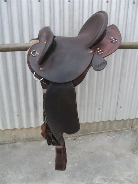 swinging fender saddles stocks saddles horsezone page 1