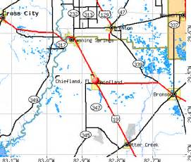 chiefland florida fl 32626 profile population maps