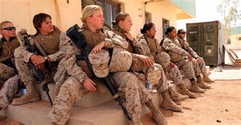 women in the military pros and cons debate okiecowboy vs druid42 women in the military now