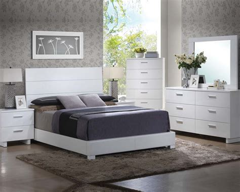 White Gloss Bedroom Furniture Sets High Gloss White Bedroom Set Lorimar By Acme Furniture Ac22630set