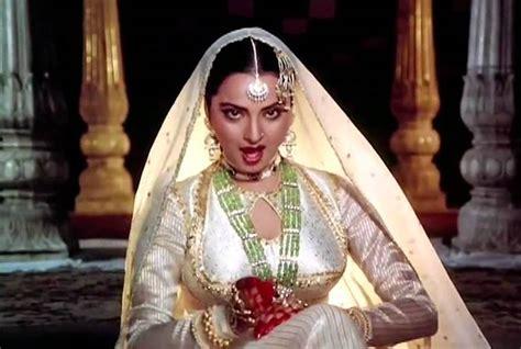 bollywood actress ki birthday happy birthday rekha ten iconic roles of the bollywood