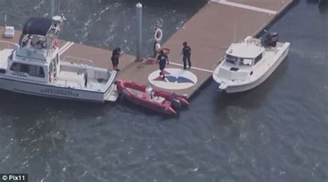 boat propeller fell off boy dies at ny yacht club after propeller strikes him
