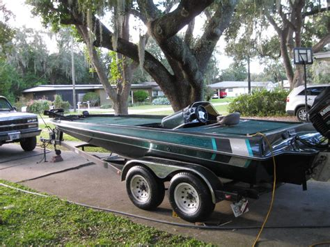 triton bass boat seats craigslist gambler bass boat listing pictures to pin on pinterest