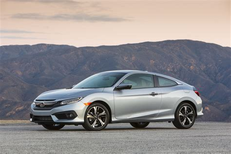 honda civic coupe 2017 2017 civic sedan and coupe turbocharged and paired with 6