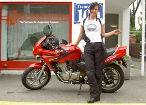 Kleines Motorrad Oder Drosseln by Panik Nach Der Pr 252 Fung Seite 2 Biker Stammtisch