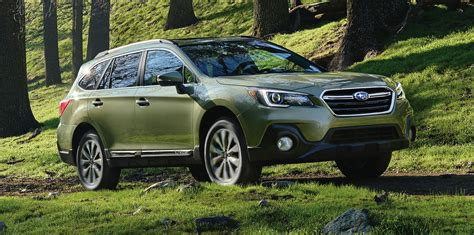 subaru crosstrek forest green 2018 subaru outback facelift unveiled in the us photos