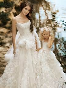 flowery wedding dresses matching flower dresses to bridal gowns the