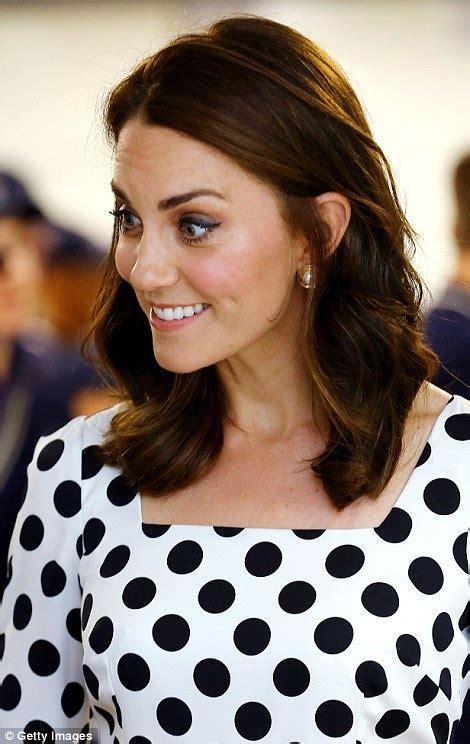 kate middleton s shocking new hairstyle kate middleton radiant in a polka dot dress at wimbledon