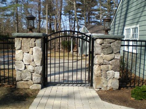 fence gates iron gates  fences designs