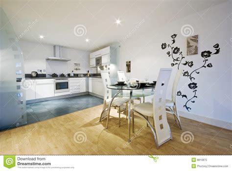 cucina con sala da pranzo cucina e sala da pranzo progettista fotografia stock