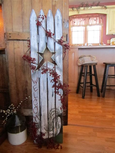christmas staked fences picket fence welcome sign furniture refurbishing fences primitives and craft
