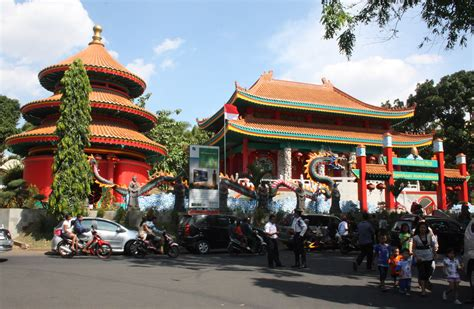 2 Mini Di Indonesia file confucian temple in tmii jakarta jpg wikimedia commons