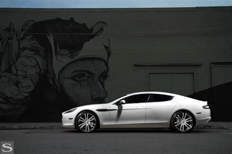 Aston Martin 4 Door Saloon Rapide Savini Wheels