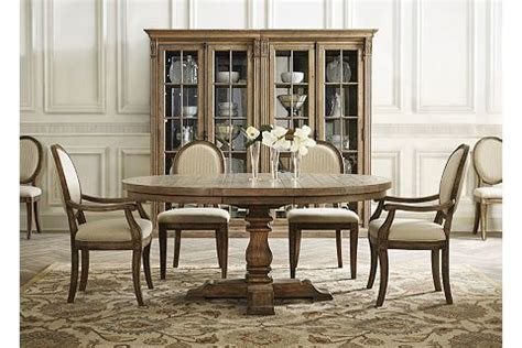 avondale dining table havertys 80 best dining room images on dining rooms