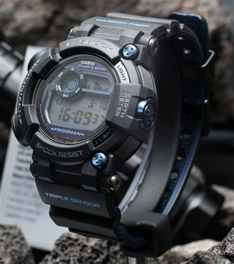 Casio G Shock Frogman Gwf D1000b 1jf With Water Depth Sensor Jdm Origi casio g shock frogman gwf d1000 on the ultimate diving tool ablogtowatch