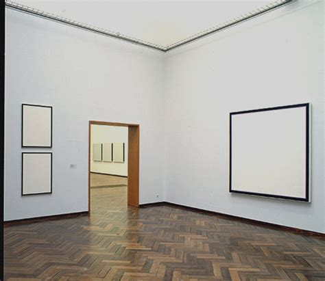 museum room jo baer at stedelijk museum amsterdam room 1 a survey of 40 year s paintings in 5 rooms