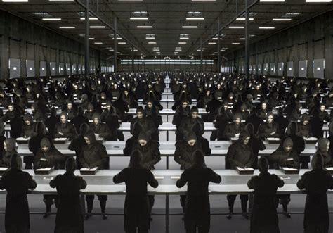black mirror george orwell distopya eserlerine 199 ok benzeyen g 252 n 252 m 252 ze yakın 12