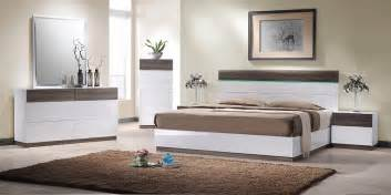 Contemporary King Bedroom Sets Soli Modern King Bedroom Set