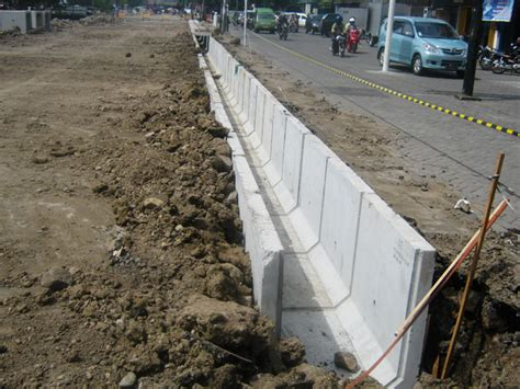 u ditch beton precast saluran u ditch box culvert precast