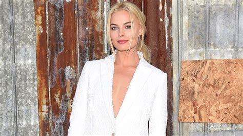margot robbie new movie margot robbie will play tonya harding in new movie i