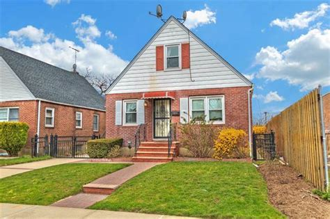 buy house in queens ny pending cambria heights queens new york one family