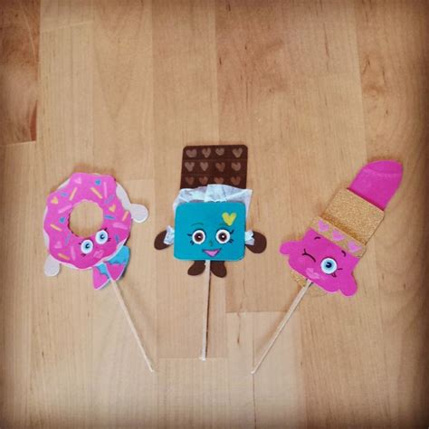 shopkins cupcake toppers using cricut craft room