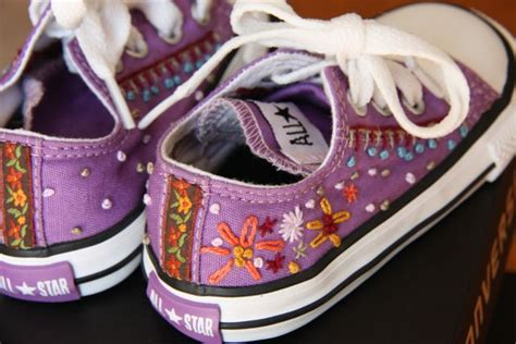 diy clown shoes diy ideas give a new look to your converse pretty designs
