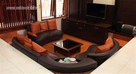 Bantal Sofa Wave suasana nyaman di ruang keluarga bersama sofa u shape