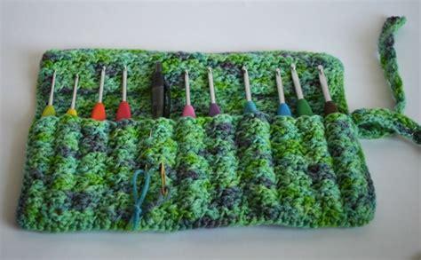 crochet hook bag pattern crocheted crochet hook case allfreecrochet com