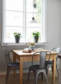 Kitchen Dining Room Tables by 25 Best Ideas About Small Dining Tables On Pinterest
