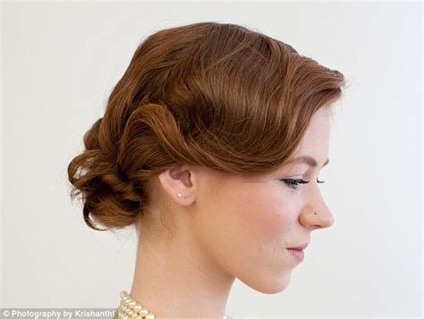 how to do your hair roaring twenties great gatsby fever give your hair a roaring twenties