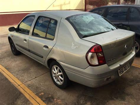 renault clio 2002 sedan carro renaut clio sedan 2002 224 venda em todo o brasil