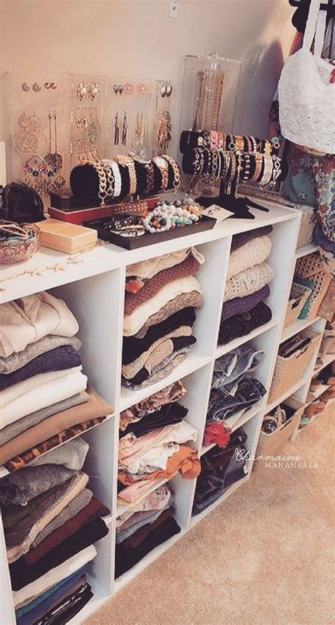 Closet Organization For The Fashion Obsessed by Best 25 Simple Closet Ideas On Clothing