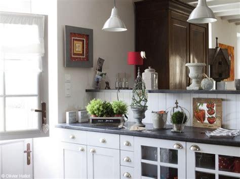 deco cuisine blanche et grise d 233 co pour cuisine blanche et grise