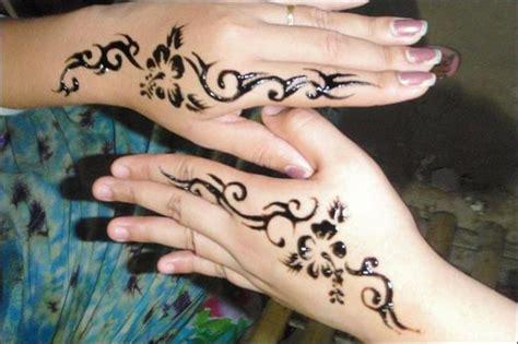 tattoo bulu di tangan 100 gambar henna tangan yang cantik dan simple beserta